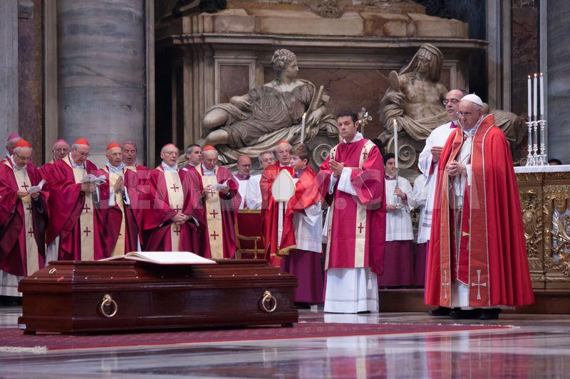 I funerali di Canestri